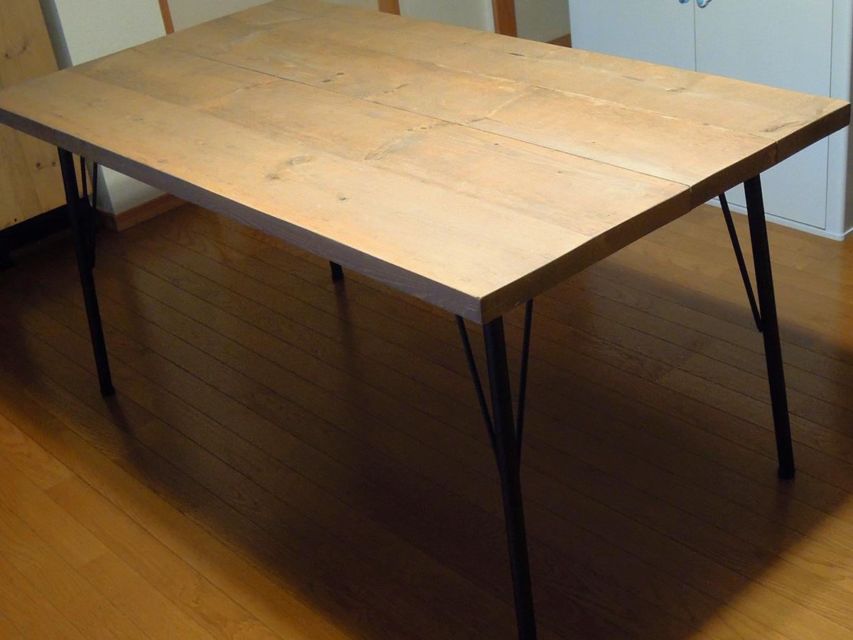 自作パイン材鉄脚テーブル