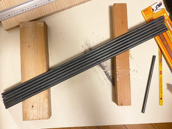鉄棒で作った棚のガード