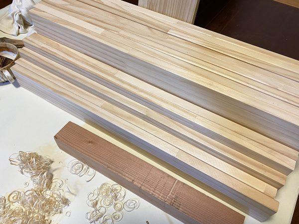 自作キッチンラックの棚板と背板