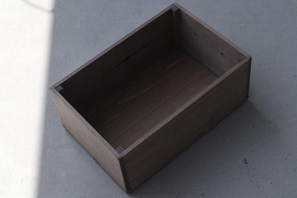 自作の木箱をワトコオイルで塗装