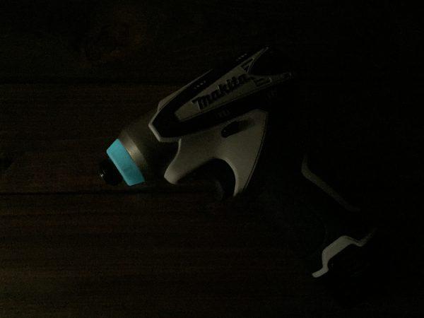 暗い中でのTD090D